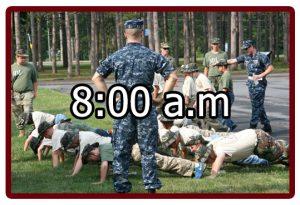Horario en el campamento militar 8:00 a.m