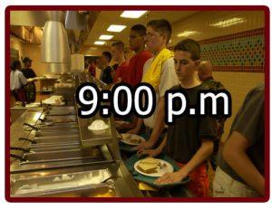 Horario en el campamento militar 9:00 p.m